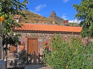 Casa rural La Solana en Tejeda con Jacuzzi