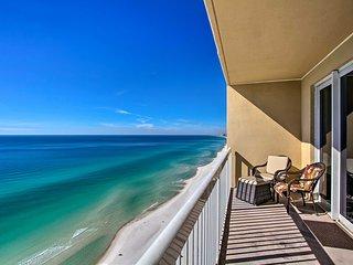 Gulf Coast Getaway w/ Balcony & Resort Amenities!