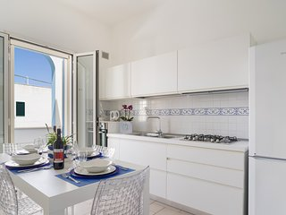 SeaHouses - (House C) Guesthouse in Lido Marini