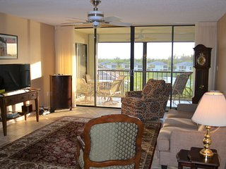 CT 7655 Golf Course/River View Condo-Welcome to Paradise
