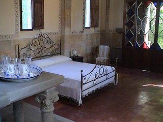 Villa Margherita: charming converted Tuscan chapel 3 Bedroom Apartment 3