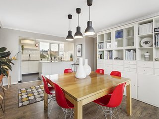Stunning apartment in fashionable South Yarra
