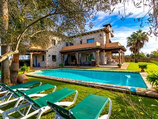CAMI S'ESTANYOL- Villa in Llucmajor . 6 Bedrooms 12 people- 68719-. - Free Wifi