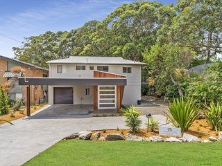 Kookaburra House at Vincentia - 4pm Check Out Sundays