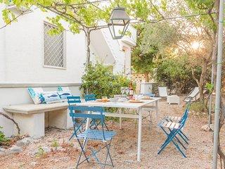 Villa del Pero | bel giardino, wifi gratis, a/c