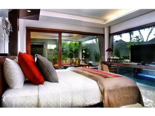 Deluxe 1BR Private Villas&Suites at Ubud Center