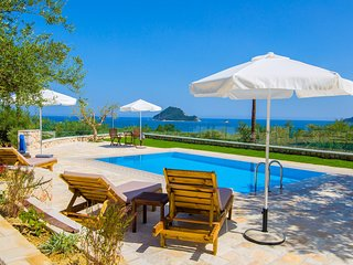 Vakis Villa Sea View