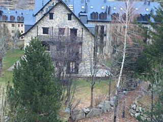 Duplex confortable con vistas a la montaña