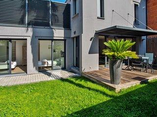 La Dependance, Magnifique maison avec jardin