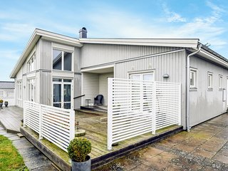 Awesome home in Solvesborg w/ Sauna, WiFi and 3 Bedrooms (S20227)