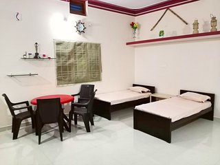 Gurukripa homestay (Entire house in a peaceful locality in town)