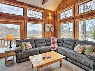 Updated Ski-In/Ski-Out Attitash Mtn Condo w/Views!