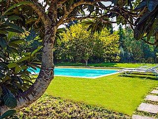 Secret Garden House                                                            .
