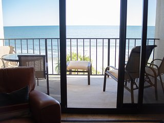 Stunning/Stately Oceanfront Condo in Myrtle Beach