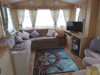 Dog friendly. Beautiful Wales. fully equipped
