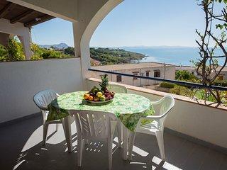 Casa vacanza a Sciacca Mare Campo Tenniscalcetto,barbecue,wifi,angolocottura