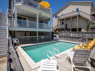 Footloose | Oceanfront | Private Pool | Nags Head