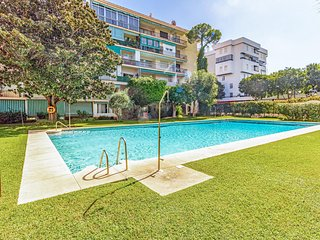 Nice apartment in Marbella w/ Outdoor swimming pool and 2 Bedrooms (EAS355)