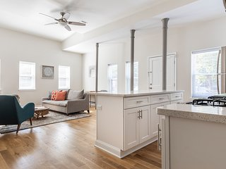 Cozy 2 BR Retreat Steps from PATH Trains to NYC