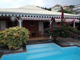 location saisonnière villa avec piscine