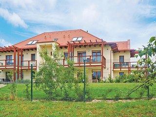 Nice apartment in Balatonakali w/ WiFi, 2 Bedrooms and Sauna (UBN066)