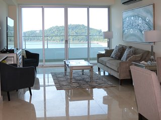 Perfect one bedroom apartment with stunning view 9B