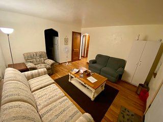 Spacious Stand alone home, close to T, 15 min to downtown