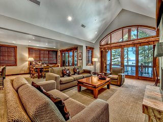 Lakeside Luxury Mountain Home Resort 4BR/4BA - 3200 Sq Ft