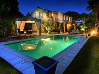Saint Tropez Villa, in a private and closed domain