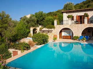 Villa Ionian Princess - Luxury Dream at the Heart of Sivota for 12 people