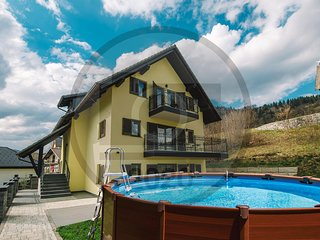 Stunning apartment in Bled w/ Outdoor swimming pool, WiFi and Outdoor swimming p