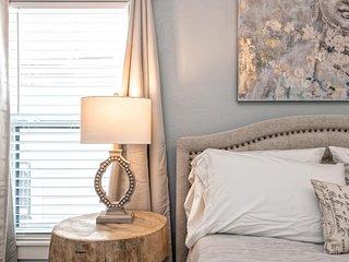 New!! Simplicity House-Walk to Magnolia, Baylor, McLane