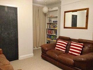 Lavender House in Sheringham 6 Bedrooms Sleeps 12 (Offers 'Rule of 6' Rates)