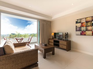 Stunning Sea View Apartment With 1 Bedroom