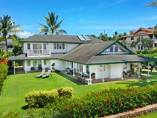 40 Second Stroll to the Ocean--Huge Oceanview Home--Hear the surf at night!