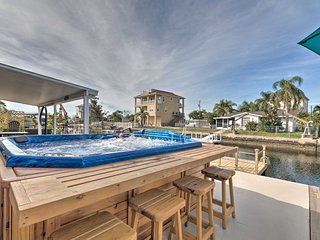 NEW! Canalfront Home w/Dock, Gulf of Mexico Access