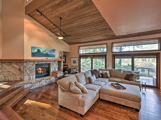 Upscale Country Club Home w/Golf & Mountain Views!
