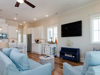 Be One Of The First To Experience This Newly Built Luxury Townhome!