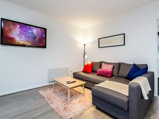 Sheel, Cosy 2BDR Caulfield East apartment