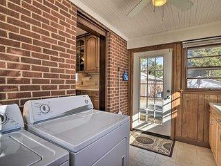 NEW! Greensboro Residential Retreat: 6 Mi to UNC-G