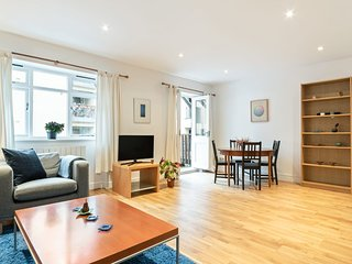Beautiful 2 Bed Apt, Sleeps 4 in Bermondsey