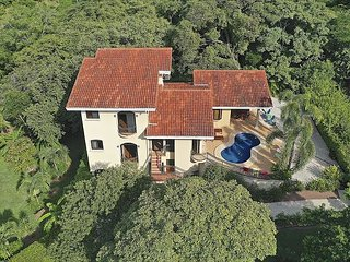 Villa Vino VDP! Beautiful Home Overlooking Pacific Ocean! Private Pool!