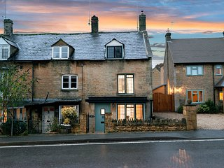 Eastnor is a wonderful cottage located in the heart of charming Moreton-in-Marsh