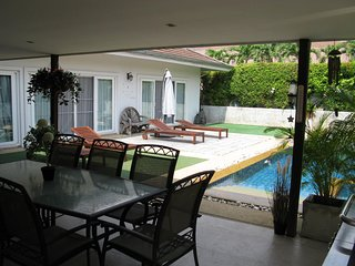 3-Bed pool Villa