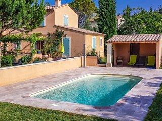 villa climatizada en Carpentras, piscina, se aceptan mascotas