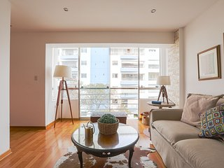 Exclusive and stylish flat - Miraflores' Malecon