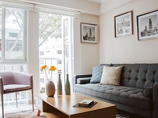 Modern and cozy apartment in Barranco!