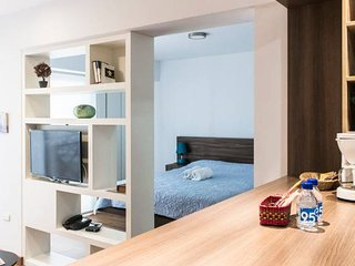 Charming flat with balcony and great location #5