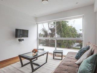 Quiet romantic apartment in the heart of Barranco
