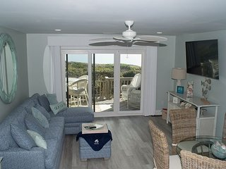 Multi-Level Oceanfront Condo gives everyone a chance to spread out!